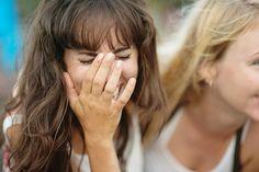 """Als """"Nebenwirkung"""" des Eisprungs sind Stimmungsschwankungen und Reizbarkeit vor der Menstruation, aber auch die erhöhte Lust auf Sex zur Ovulation bekannt. Jetzt überraschen Forscher mit neuen Erkenntnissen."""