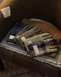 Tartan gloves...Harris Tweed                                                                                                                                                                                 More