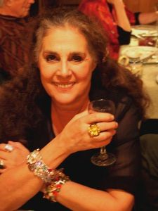 Wendy Gell wearing J.Fein boutineer ring. Looking good!