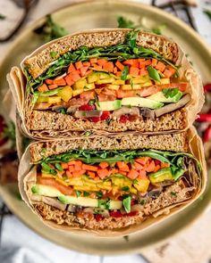 Sandwich Vegan, Veggie Sandwich, Veggie Burgers, Lunch Recipes, Whole Food Recipes, Vegetarian Recipes, Healthy Recipes, Mushroom Salad, Vegan Wraps