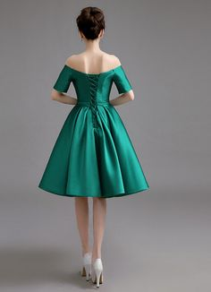 off shoulder green cocktail dress with short sleeves lace up back satin knee length prom party