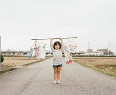 Why do you need a model if you have such a lovely daughter? Japanese photographer Toekatsu Nagano, created a stunning photo album with pictures of his daughter Cannes. Photo album called simply: «My daughter Kanna