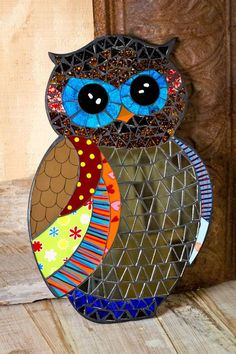 ideas for mosaic owl Owl Mosaic, Mosaic Birds, Mosaic Art, Mosaics, Mosaic Crafts, Mosaic Projects, Stained Glass Projects, Mosaic Ideas, Owl Patterns