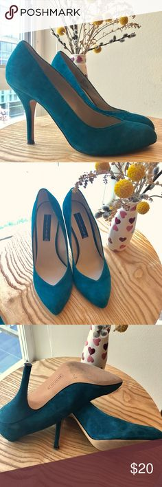Steven by Steve Madden teal pumps 8.5 Beautiful teal pumps great for every day, a night out or wedding season. The toe is pointed but not too much, and the shape of the cut at the toes is very flattering. They run very true to size and are comfortable as Steve Madden shoes usually are. Steven by Steve Madden Shoes Heels