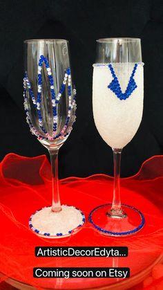 Glitter Wine Glasses, Champagne Glasses, Wedding Anniversary, Anniversary Gifts, Decorated Wine Glasses, Gifts For Husband, Diy Gifts, Wedding Gifts, Engagement