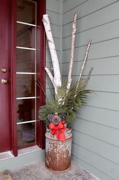 winter floral arrangements, christmas decorations, porches, seasonal holiday dec… – Christmas World Christmas Planters, Christmas Porch, Rustic Christmas, Christmas Projects, Winter Christmas, Christmas Wreaths, Christmas 2019, Christmas Ideas, Christmas Entryway