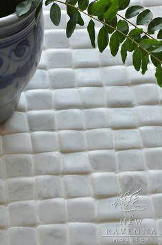 Giovanni Barbieri Timeworn Bianco Carrara | New Ravenna Mosaics