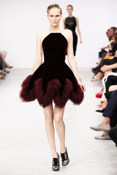 Azzedine Alaïa Fall 2011 Couture Collection
