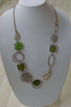 Vert collier milong  collier asymétrique par LesBijouxLibellule, $25.00
