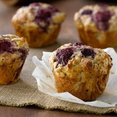 Oh-so-moist, these succulent muffins might just become a weekend tradition. Oh-so-moist, these succulent muffins might just become a weekend tradition. Healthy Breakfast Muffins, Healthy Muffin Recipes, Healthy Dog Treats, Healthy Snacks, Breakfast Recipes, Yummy Recipes, Dessert Recipes, Yogurt Muffins, Bran Muffins