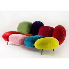 Fernando and Humberto Campana Cipria Settee - Cipria is a deliberately iconic piece. The settee has 9 cushions fixed to an invisible metal tube frame. Cozy Furniture, Bespoke Furniture, Funky Furniture, Colorful Furniture, Unique Furniture, Contemporary Furniture, Furniture Design, Sofa Workshop, Console Design