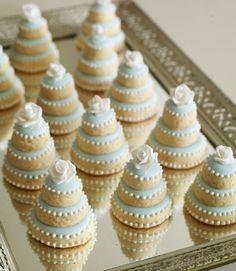 Tiny Tiffany Colored Mini-Wedding-Cakes-7.jpg