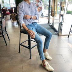 Korean Fashion Men, Mens Fashion, Stylish Men, Men Casual, Trendy Outfits, Fashion Outfits, Mens Clothing Styles, Types Of Fashion Styles, Look Fashion