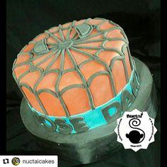 @nuctaicakes with @repostapp ・・・ Feliz Cumpleaños te desea Ñuctai Cakes al estilo de Spiderman para Jose y que sigas cumpliendo muchos años mas!!! Torta Spiderman !!! Hombre araña. #panama #cakespanama #galletaspanama #fondantcake #homemade #ñuctai #nuctai #ñuctaicakes #nuctaicakes #cookies #galletas #pty #fondant #sugar #sugarcraft #sweet #panamá #panamácity #food #yumyyumy #cake #dulces #tortas #tortapanama #cupcakes #cupcakespanama #spiderman #cakespiderman