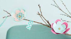 Virpomisoksa - tee kauniit kartonkikukat oksiin! | Kotivinkki