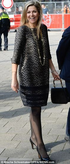30 March 2017 - Queen Maxima attends the 2017 Global Money Week in Amsterdam - dress by Natan