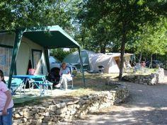 Kleine camping Frankrijk - Nederlandse eigenaars