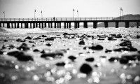 Orłowskie molo / Pier in Gdynia Orłowo Street Pictures, Railroad Tracks, Fine Art, Black And White, Photography, Poland, Photos, Cowls, Photograph