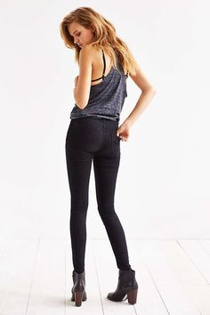 BDG Twig High-Rise Skinny Jean - Black - Urban Outfitters---29/33