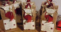 Hallo Ihr Lieben,   heute zeige ich euch meine Weihnachtstüten.....15 Minuten Weihachten....in den klassischen Farben mit chili....   Ach......
