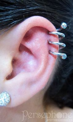 Three-point ear spiral with ANATOMETAL jewellery! Piercing by Dimmie @ Persephone Body Piercing.
