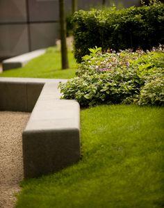 11_NEO_Bankside-COPYRIGHT-GILLESPIES « Landscape Architecture Works | Landezine BANCO, um ponto de encontro. Que naturalidade! Simples e perfeito...