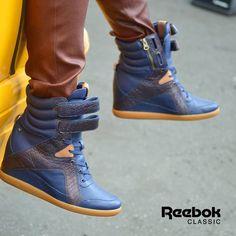 e4536a885e61  Reebok  AK  Wedge  bleu Alicia Keys