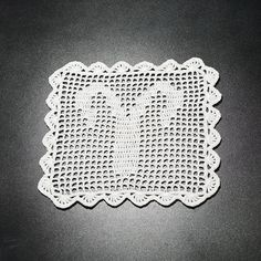Șervețel Decorativ din Dantelă – BERBEC · HAV-A.ro Aries Crochet doily Crochet Doilies, Crochet Hats, Aries, Knitting Hats, Aries Zodiac, Aries Sign, Aries Horoscope
