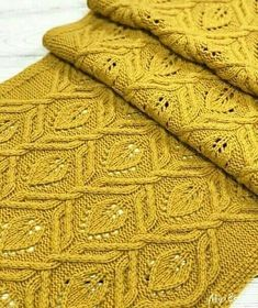Always aspired to learn how to knit, nonetheless n - Tricot Pontos Lace Knitting Patterns, Knitting Charts, Knitting Stitches, Knitting Designs, Knitting Yarn, Knitting Projects, Hand Knitting, Learn How To Knit, Knitting Accessories