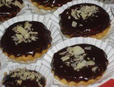 Košíčky od tetičky Russian Recipes, Christmas Cookies, Sweet Tooth, Baking, Breakfast, Desserts, Food, Polish, Recipes