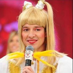 """A Xuxa é um patrimônio que a Globo deixou escapar"", diz Rodrigo Faro #Apresentadora, #EdirMacedo, #Globo, #Instagram, #Nacional, #Novo, #Presidente, #Programa, #Record, #RedeGlobo, #Tv, #Xuxa http://popzone.tv/a-xuxa-e-um-patrimonio-que-a-globo-deixou-escapar-diz-rodrigo-faro/"