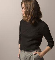 RIBBED TURTLENECK SWEATER - Business Wear - Knitwear - WOMEN - Israel - Massimo Dutti