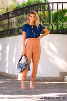 Work Looks, Looks Style, Casual Looks, Moda Fashion, Daily Fashion, Womens Fashion, Fashion Trends, Office Outfits, Casual Outfits