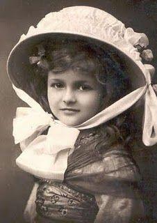 'Beauty!'  vintage photos  #vintage #children