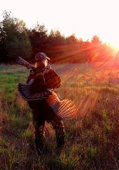 Turkey Scouting 101 — Mastering the Basics for Success #turkeyhunting