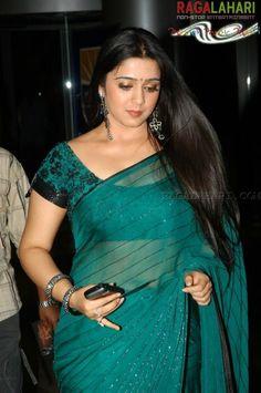 telegu-actress-charmi-hot-saree-still.jpg (520×783)