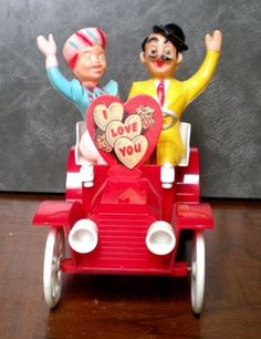 ROSEN-ROSBRO-CANDY-CONTAINER-VALENTINE-MODEL-T-CAR-AUTO-W-CARDSTOCK-WINDSHIELD
