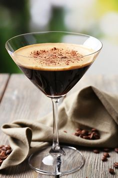 A ginny twist on the classic espresso martini - the perfect after dinner digestif! Gin Recipes, Easy Drink Recipes, Martini Recipes, Yummy Drinks, Cocktail Recipes, Xmas Recipes, Party Drinks, Cocktail Drinks, Alcoholic Drinks