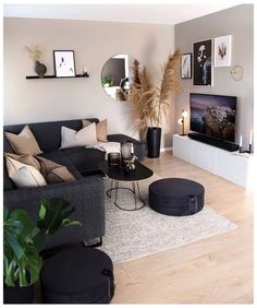 Cozy Living Rooms, Living Room Modern, Home Living Room, Apartment Living, Living Room Decor Ideas Apartment, Small Living Room Designs, Gray Living Room Decor Ideas, Room Decorating Ideas, Small Living Room Ideas With Tv
