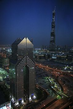 Burj Dubai, Dubai - A better view of the Dusit than I previously pinned