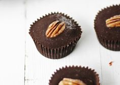 If you love chocolate, caramel, pecans, and healthiness; then this recipe is your new BFF.