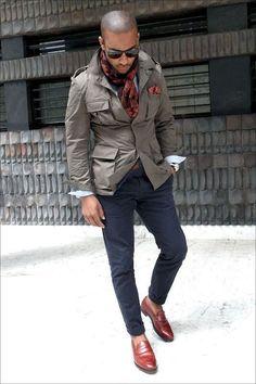 Street look, field jacket , scarf , men's fashion , denim Street Look, Men Street, Street Style, Sharp Dressed Man, Well Dressed Men, Mode Masculine, Looks Style, Casual Looks, Smart Casual