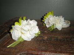 Image from http://www-static.weddingbee.com/pics/152763/P9050023.JPG.