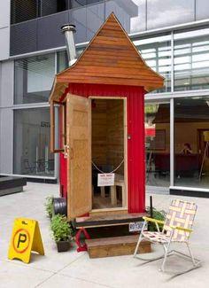 Aww, tiny sauna for sale! : SUNDAY / DIMANCHE PORTABLE SAUNA | A project by Carissa Carman