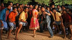 Priyamani and Shahrukh Khan | Chennai Express | Picture 338316 - Oneindia Gallery