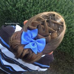 We have enjoyed the past week of no braiding however back to school today and we are back in full swing! Happy Monday!