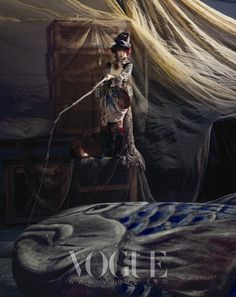 Adventure in Wonderland, Ha Ji-won // Vogue Korea // December 2009