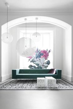 Mixing floral with modern contemporary furniture | Bottoni sofa with Random lights from #Moooi