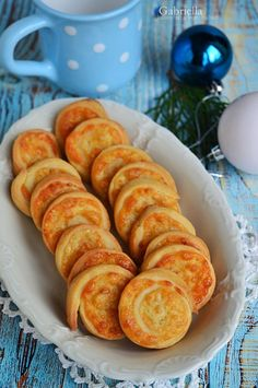 Sajtos csiga Winter Food, Cake Cookies, Sausage, Food And Drink, Appetizers, Pizza, Meat, Baking, Kitchen
