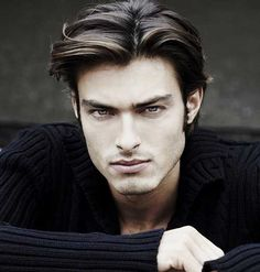 Long, parted men's hairstyle